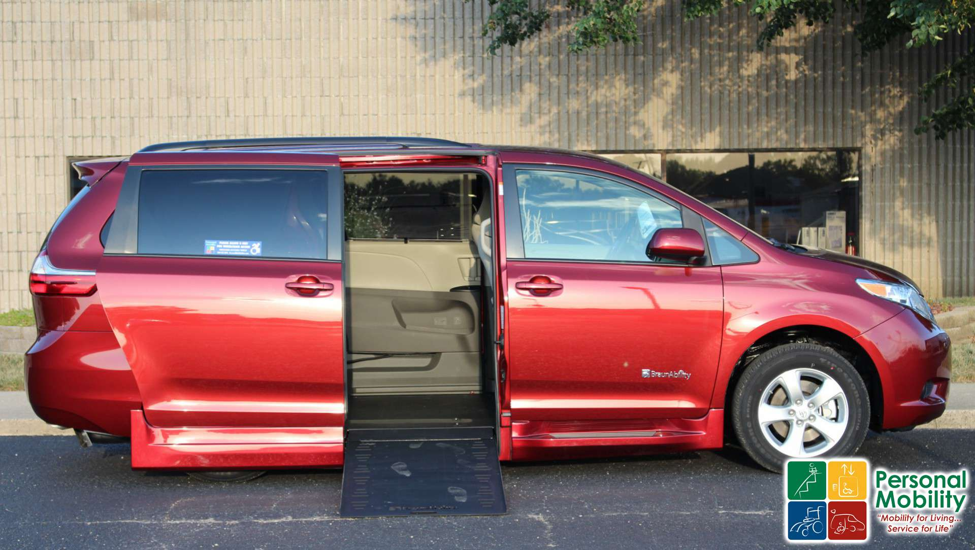Toyota Sienna Service Manual: For vehicles equipped with mobile communication systems