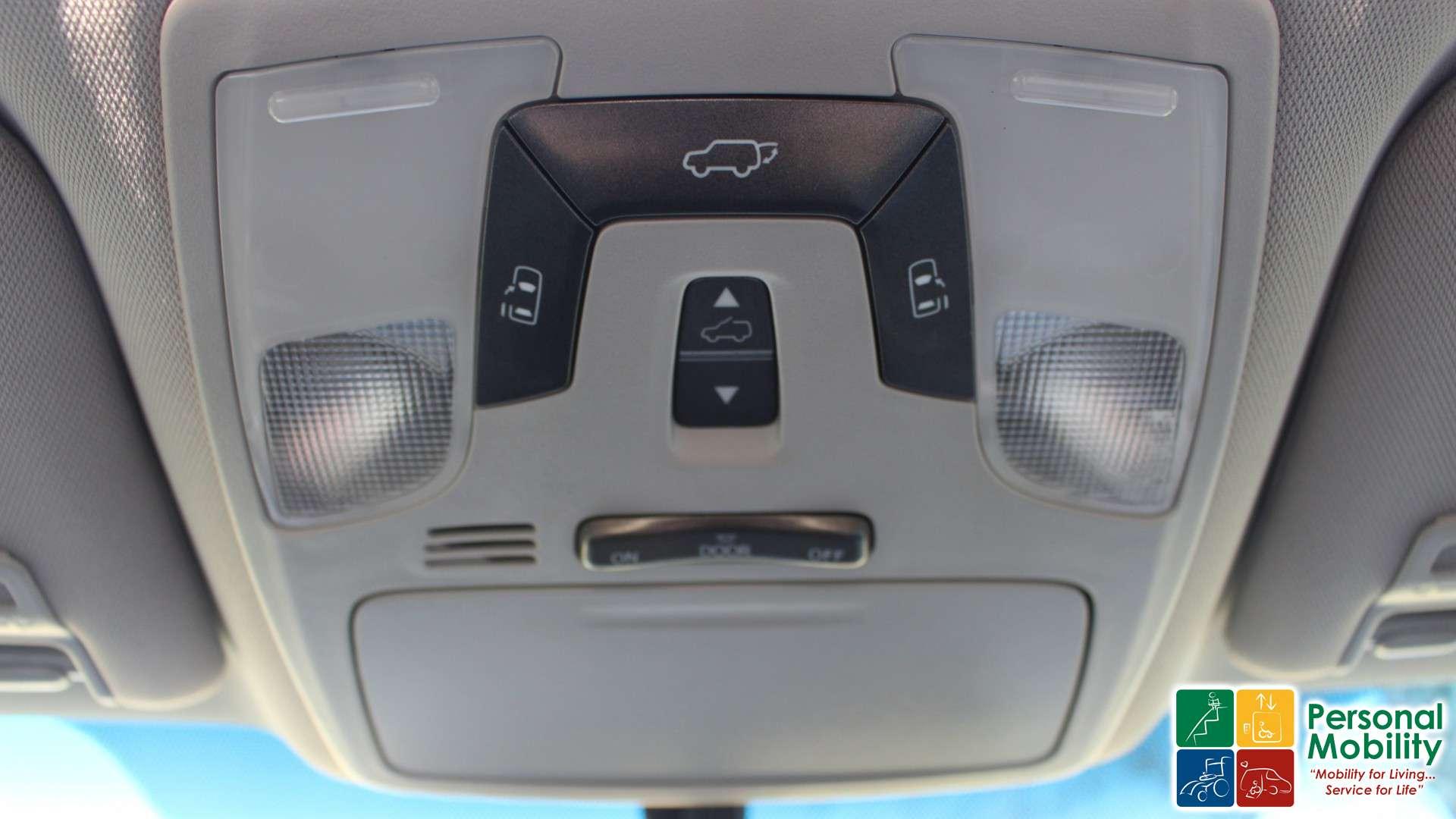 2015 Toyota Sienna | Stock: FS662392 | Wheelchair Van For Sale