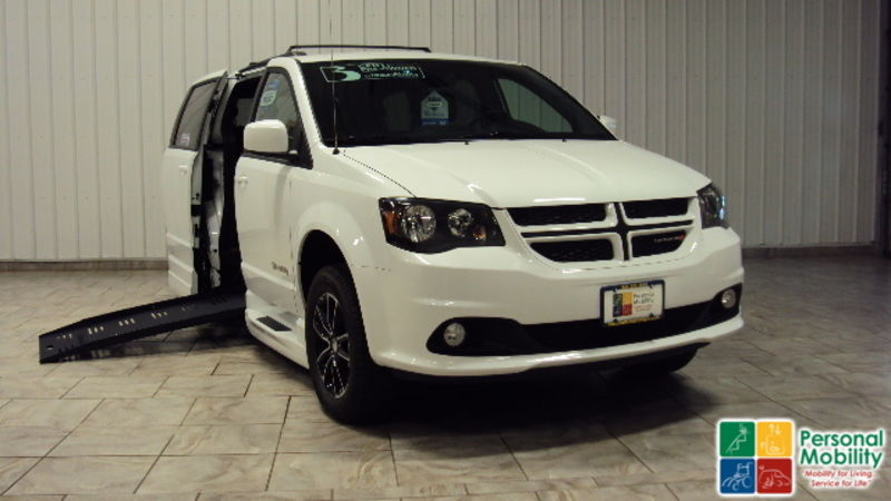 2019 Dodge Grand Caravan wheelchair van for sale