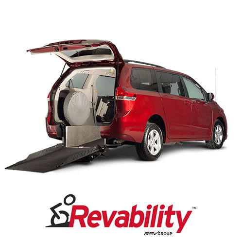TOYOTA SIENNA ADVANTAGE RE